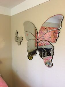 Butterfly mirrors and hangers