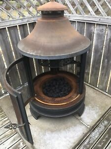 Outdoor Fireplace / Chimnea