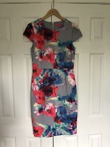 b906ee94190 Betsey Johnson Floral Dress Size 6