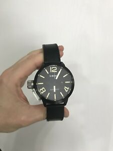 U-boat Classico 53 watch in A1 condition - black