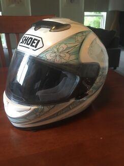 SHOEI, woman's helmet, excellent condition
