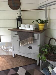 Antique wash stand table