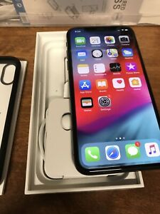 Unlocked IPhone X 256 GB