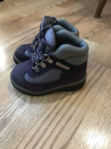 Size 6 girls toddler Timberland boots