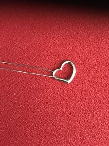 14k white gold open heart style necklace