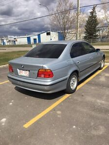 BMW-528i-1998-Fully-loaded-Automatic -Moonroof-Leather seats-
