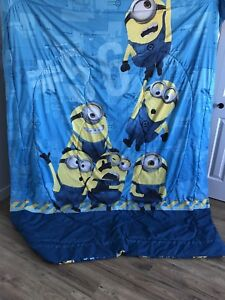 Minions reversible twin blanket