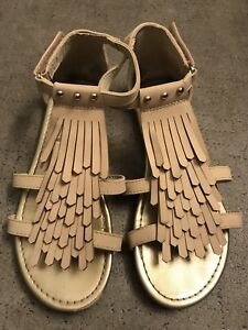 Girls H&M sandals - like new! Size 3