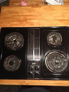 Jenn air cooktop with downdraft