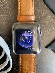 Apple Watch 38 mm GPS + Cellular