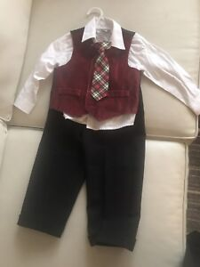 Van Heusen 24 months -Perfect for Christmas