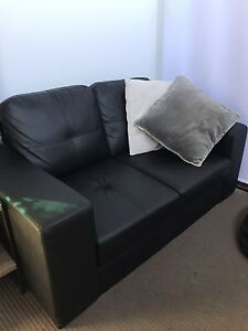 Black leather couch Melrose Park Mitcham Area Preview