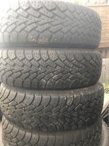 4 pneus hiver 175/65/14