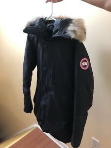 MENS NAVY CANADA GOOSE PARKA SIZE XS 9/10 condition