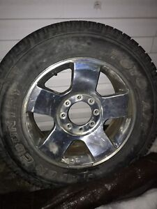 2007 ford rim and tire