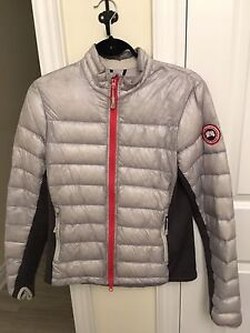 Grey Canada Goose Hybridge Jacket. Medium.