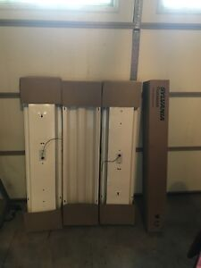 "Fluorescent lights 48"" Brand new !"