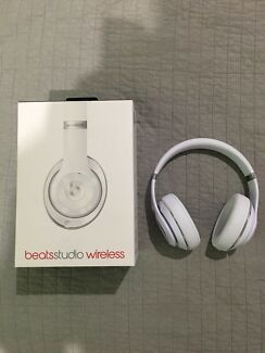 BeatsStudio Wireless Headphones White Carrara Gold Coast City Preview