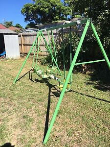 Swing set , cubby house  kids toys Carlton Kogarah Area Preview