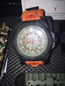 Montre Victorinox I.N.O.X Carbon Limited Edition