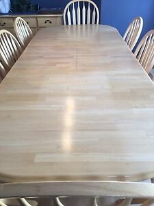 Dining/Kitchen Table, 8 chairs & Buffet