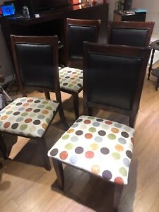 Free chairs and table