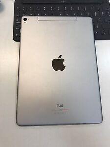 iPad Pro 9.7 32GB Wi-Fi+Cellular Atwell Cockburn Area Preview