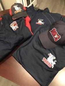 Clarington Toros XL Winter Jacket /XLWarm Up Suit & Shirt/2 hats