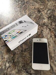 iPhone 5s argent verrouillé avec Virgin Mobile