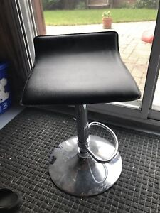 Black leather metal bar stool x 4