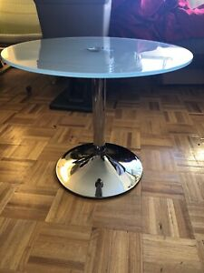 Chrome Pedestal Frosted Side Table