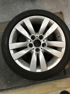 Bmw mags 17 pouces 225-45r17
