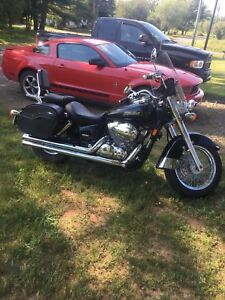 2006 honda shadow, mint shape. Sell/trade