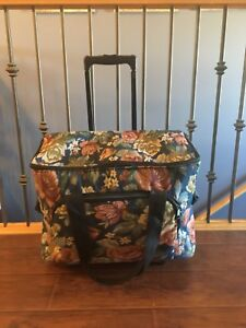 Carry bag for sewing machine/crafts
