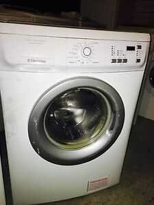 Washers and fridges on SALE Bondi Junction Eastern Suburbs Preview