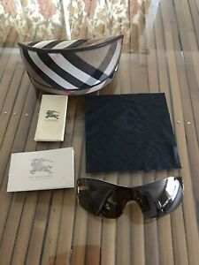 Burberry BE 3073 Sunglasses
