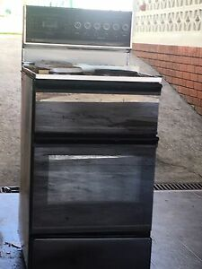 Free oven Guildford West Parramatta Area Preview