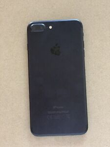 iPhone 7 32GB near perfect condition