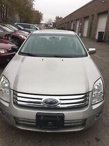 2008 Ford Fusion sel low km Fianancing available