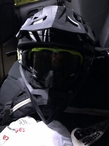 509 helmet with goggles