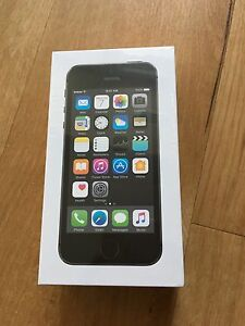 Brand new sealed Iphone 5s 16gb black telus/koodo for sale