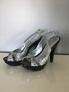Spring heels size 36