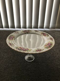 Wanted: Vintage style cake stand