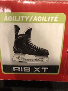 Boys CCM Rib XT Skates for boys