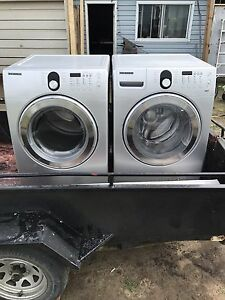 5,2qf Samsung front loading washer and dryer