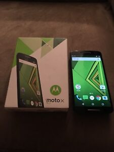 Motorola Moto X Play cell phone