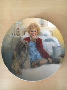 "The Musical ""Annie"" Collectors Plate with Certificate"