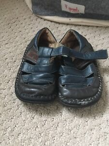 See Kai Run leather toddler sandals size 9