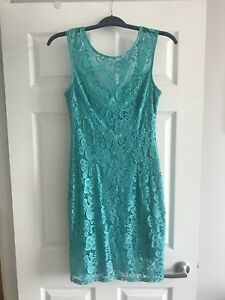 Le Chateau turquoise lace dress size Medium