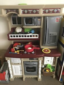 Step 2 play kitchen with tons of extra accessories